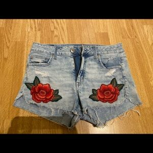 Brand New american eagle shorts (size 8)